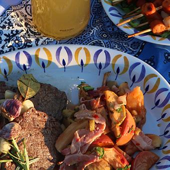 Sweetchili-omena-raparperi-pekonicombo pihvin kera